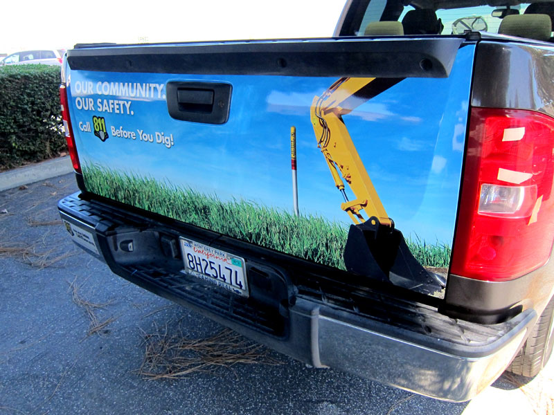 Tailgate Wraps For Shell Pipeline Carson
