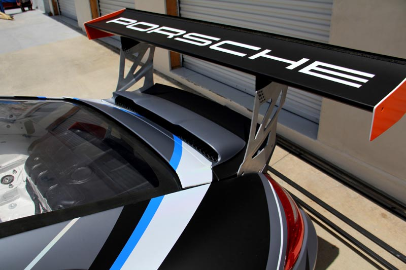 27_competitionmotorsports_porsche_racecargraphics_mattecompletion_iconography