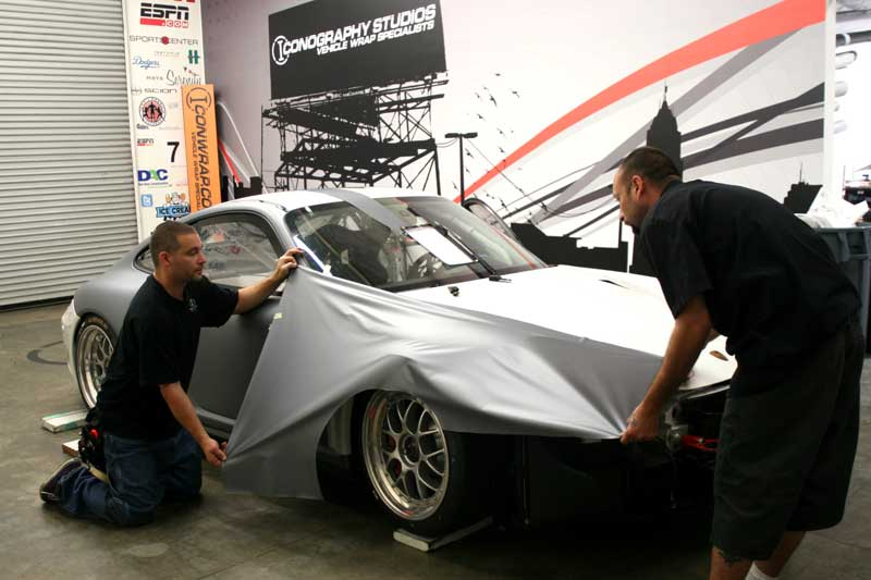 5_competitionmotorsports_porsche_racecargraphics_install_iconography_0