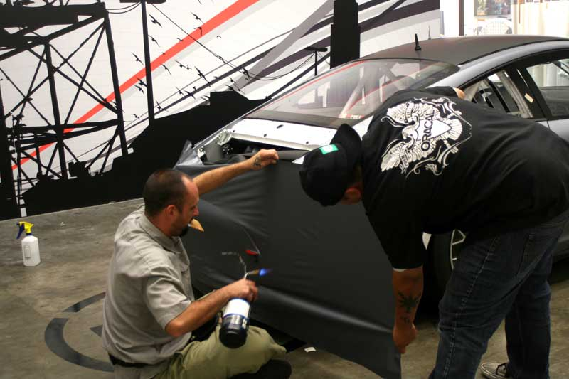 7_competitionmotorsports_porsche_racecargraphics_install_iconography_0