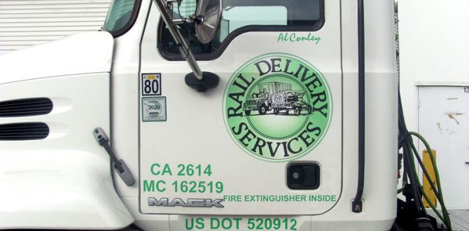 12_raildelivery_truck_graphics_iconography